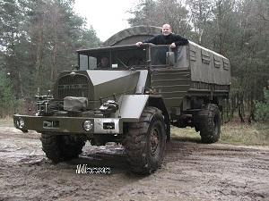 gebrauchtwagen milit rfahrzeuge bundeswehrfahrzeuge lkw. Black Bedroom Furniture Sets. Home Design Ideas